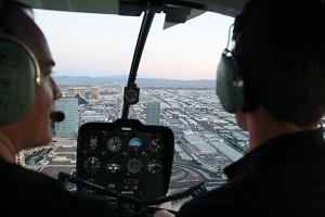 Emil flyger över strippen i Las Vegas